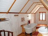 King Georges Guest House - Studio Bathroom