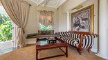 Blue Mountain Luxury Lodge - Ballentine Lounge