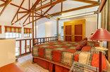 Blue Mountain Luxury Lodge - Quadrant Bedroom