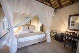 Bushbaby River Lodge - Leopard Room