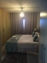 City Stay in Century City - Main bedroom