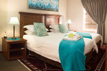 Castello Guesthouse - Single Twin Room - Room 3 - Turquoise