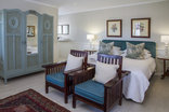 The Admiralty Beach House - Suites