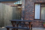 O' Hannas B&B & Selfcatering - A1 - picnic table