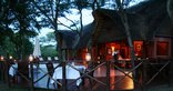 Thula Thula Private Game Reserve - Dining on the veranda at Safari Lodge