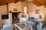 The Fernery Lodge & Chalets - Owners Suite Lounge