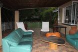 Umcabi Lodge - Patio in Tropical Garden