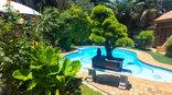 Aark Guest Lodge - Swimming pool