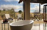 Nambiti Plains Private Game Lodge - Bathroom View