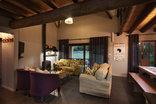 Monte Video - Deo Gloria - lounge area
