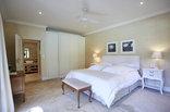 Bellevue Cottage - Bedroom