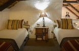Old Thatch Lodge - Nectarine Suite