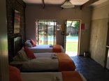 Travellers Nest Guest House - Room 3-