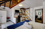 Khaya La Manzi Guest Lodge - Family apartment 5