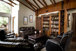 Eagles Nest Estate Guest House - Library Lounge