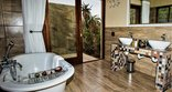 Hitgeheim Country Lodge - Luxury Bathroom