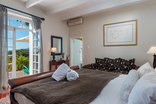 Manor on the Bay Guesthouse - Luxury Accommodation
