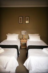 Nukakamma Guest House  - option of single beds available