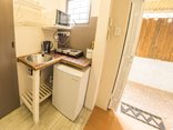 Mackaya Bella Guest House - Budget room kitchenette