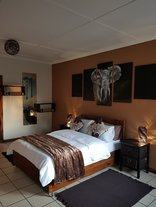 Afari Luxury Boutique - Luxury Double bed