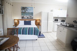 Ansteys Beach Self Catering & Backpackers - Beach Cove 1 sea view unit sleeps 2-3
