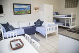 Ansteys Beach Self Catering & Backpackers - Shorebreak Cottage sea view 4-6 Sleeper Apartment