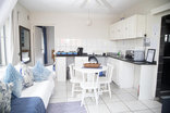 Ansteys Beach Self Catering & Backpackers - Pebble Cottage garden unit sleeps 2-3