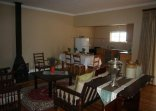 Rietpoort Guesthouse and Guestfarm - Open plan living area (Cottage 1)