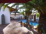 Avondrust Guest House - Saldanha - garden and swimming-pool