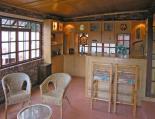 Hunter's Lodge - Bar & Lounge Area
