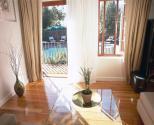 Villa Honeywood Guest House - Pool Suite