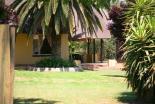 Lanseria Lodge - garden