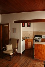 Camdeboo Cottages - All self-catering units have fully equipped kitchens