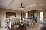 Shepherd's Tree Game Lodge - Family Suite Lounge