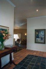 Primavera Guest House - Entrance