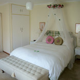 Longtom Farm Guesthouse - Weillies Cottage Family Unit 1