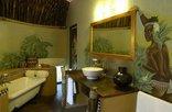 Lesedi Cultural Village - Zulu & Nguni Bathroom
