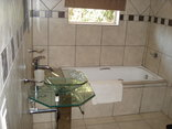 Homestay Travel Guest House and Conference Centre - Bathroom for Room 2