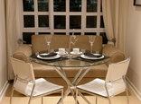 Shelbourne Lodge - Nautilus Suite Dining/sitting area