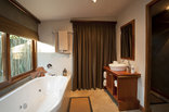 Chantilly Resort - Luxury Bathroom