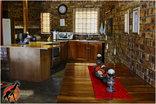 a Zaganaga Kruger Lodge - The kitchen