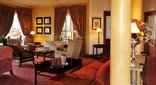 Faircity Quatermain Hotel - Library