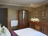 Birdsong Cottages - Sunbird room 2