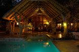 Ezulwini Game Lodges - Ezulwini River Lodge lounge area