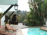 Coral Tree Inn - Outdoor swimming pool