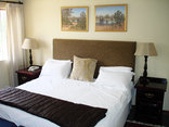 Elizabeth Manor - Self Catering Room