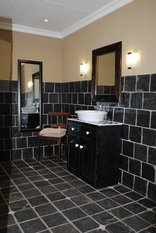 Tranquil House Bed & Breakfast - De Lux Bath Room