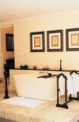 Blue Gum Country Estate - Luxurious Stone Bath