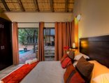 Warthog Rest Private Lodge - Warthog Rest Hoedspruit Wildlife Estate