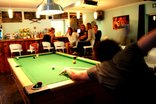 Ashanti Gardens Backpackers - Pool table